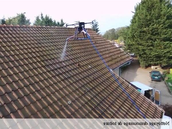 prix moyen demoussage toiture