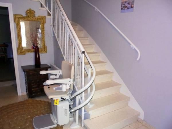 monte escalier électrique prix