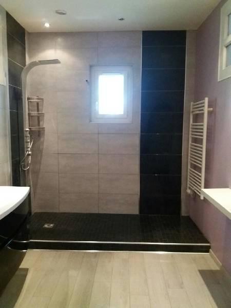 installation douche à l'italienne avec banc